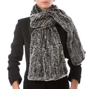 GSTAAD Large grey scarf