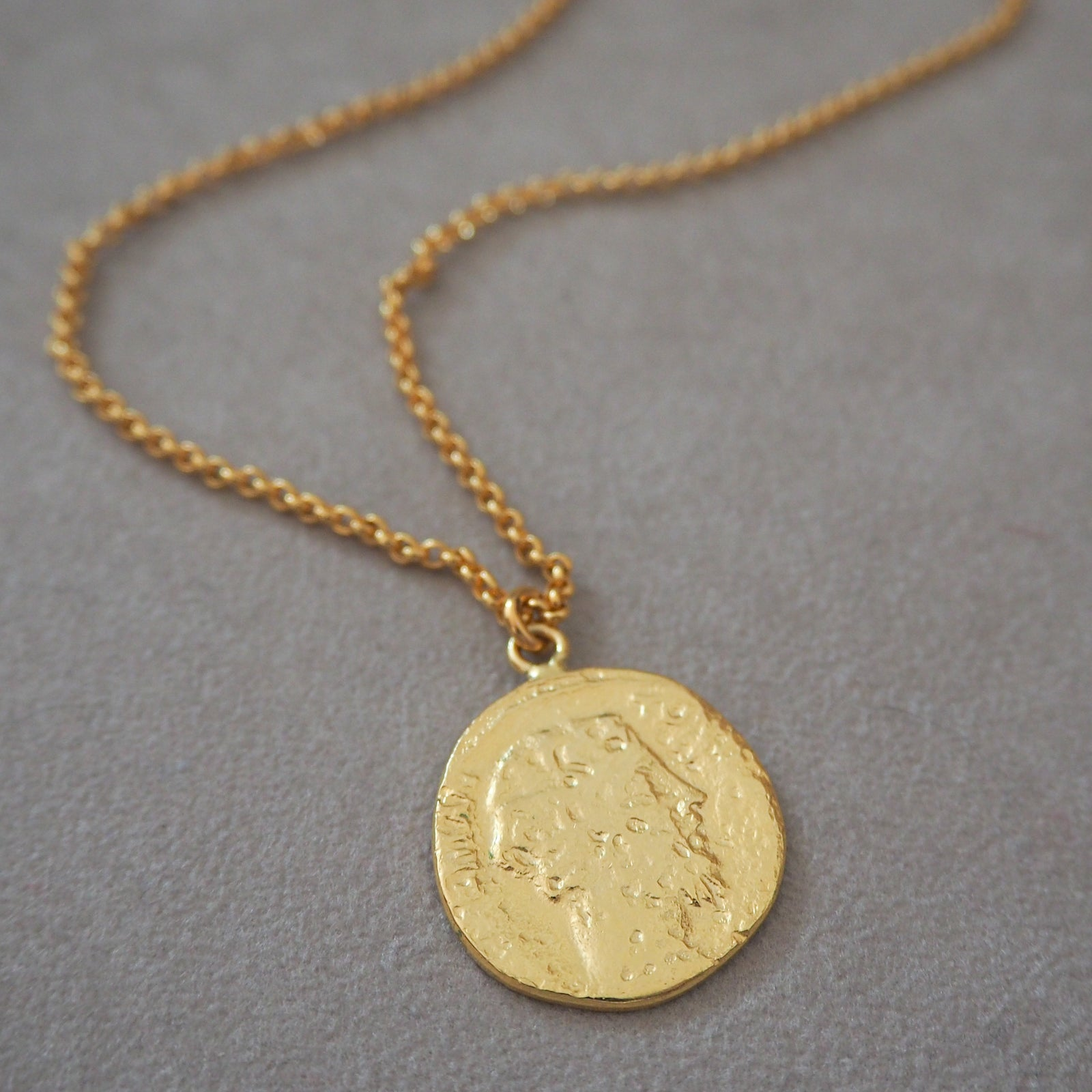 STELLA Coin Pendant Necklace