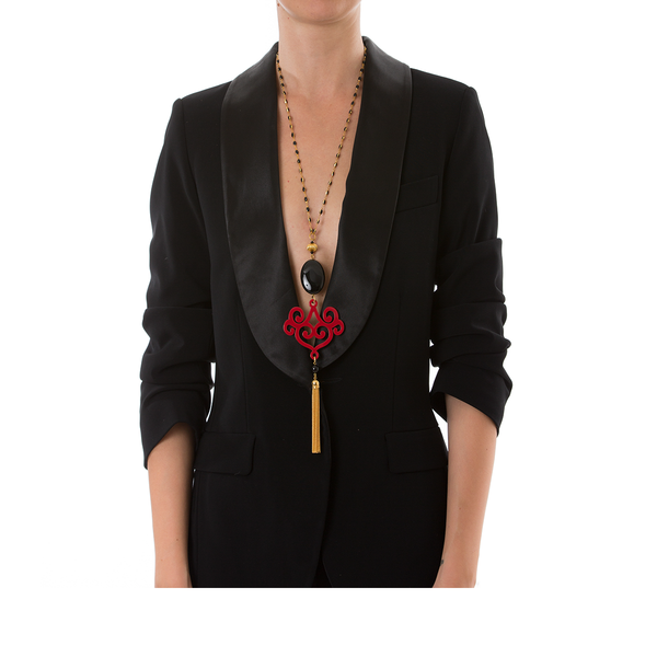 VOLUTE Adjustable Tasseled Gold-Plated Necklace & Red Lacquered-Horn