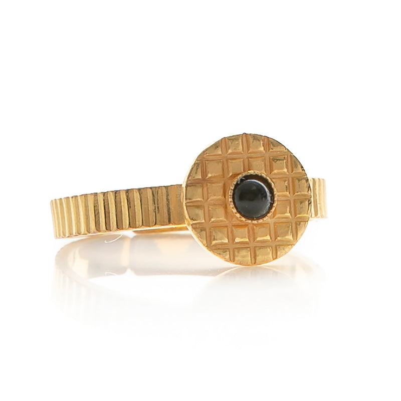 Kamar adjustable black ring