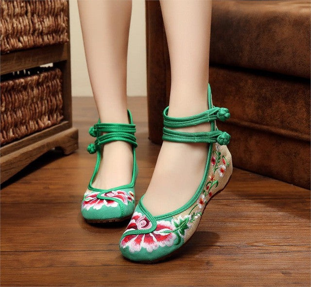 Vintage Embroidery Dance Flats
