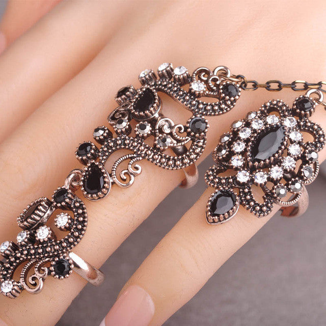 Carved Flowers Vintage Pretty Exquisite Mid Rings