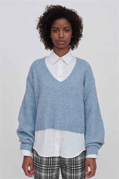 Ella V Neck Wool Sweater Blue