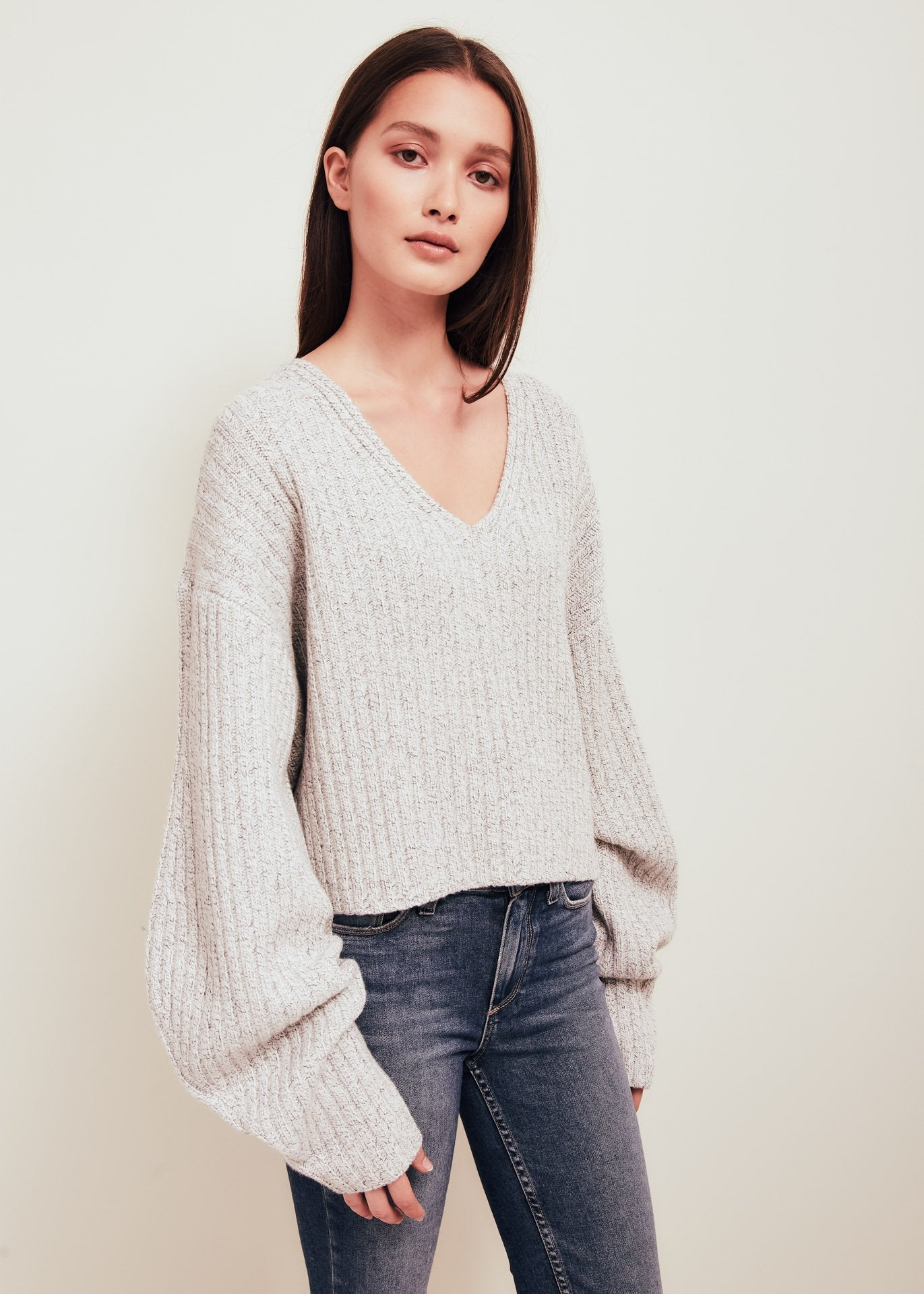White Wool V Neck Sweater - Elise