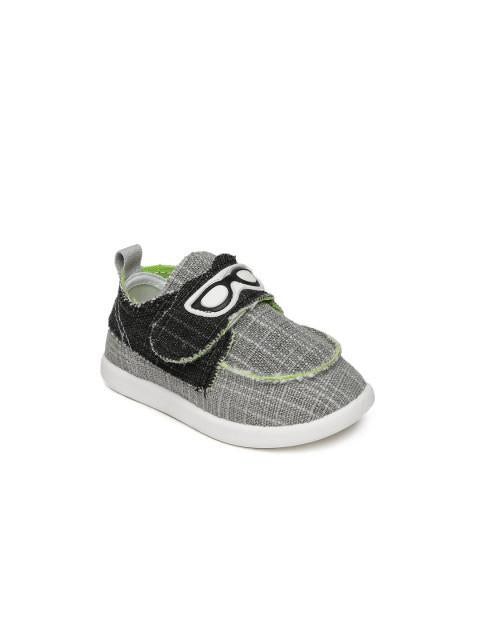 Dunsinky Grey & Black Casual Shoes