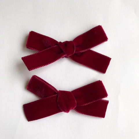 Small Wine velvet bow