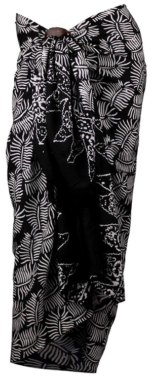 Island Inspired Black and White Sarong with Coconut Clip
