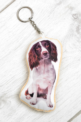 Adorable Liver & White Springer Spaniel Shaped Keyring Dog Keyrings - Adorable Cushions