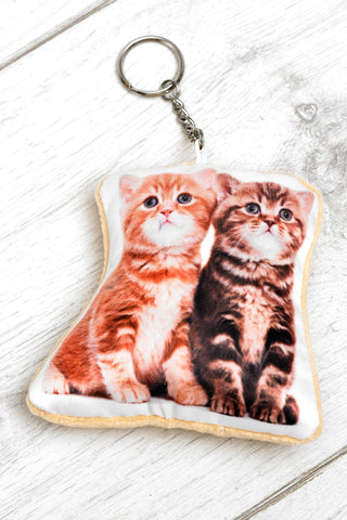 Adorable Kittens Shaped Keyring