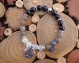 white tiger's eye beads and black onyx