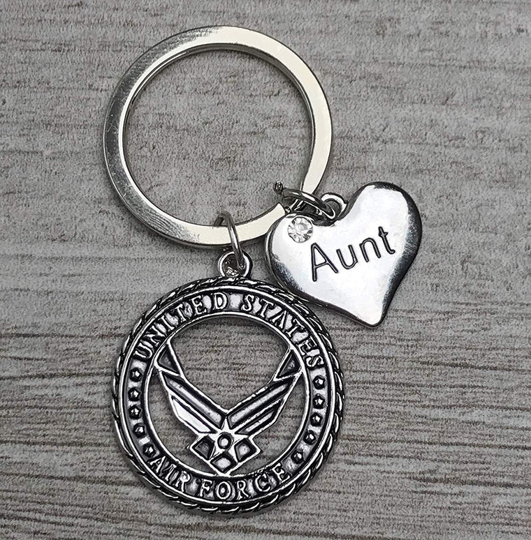 Personalized USA Air Force Aunt Keychain, Custom Military Air Force Charm Key Ring Gifts for Airforce Wife, Mom, Sister, Grandma, Servicemen and Veterans