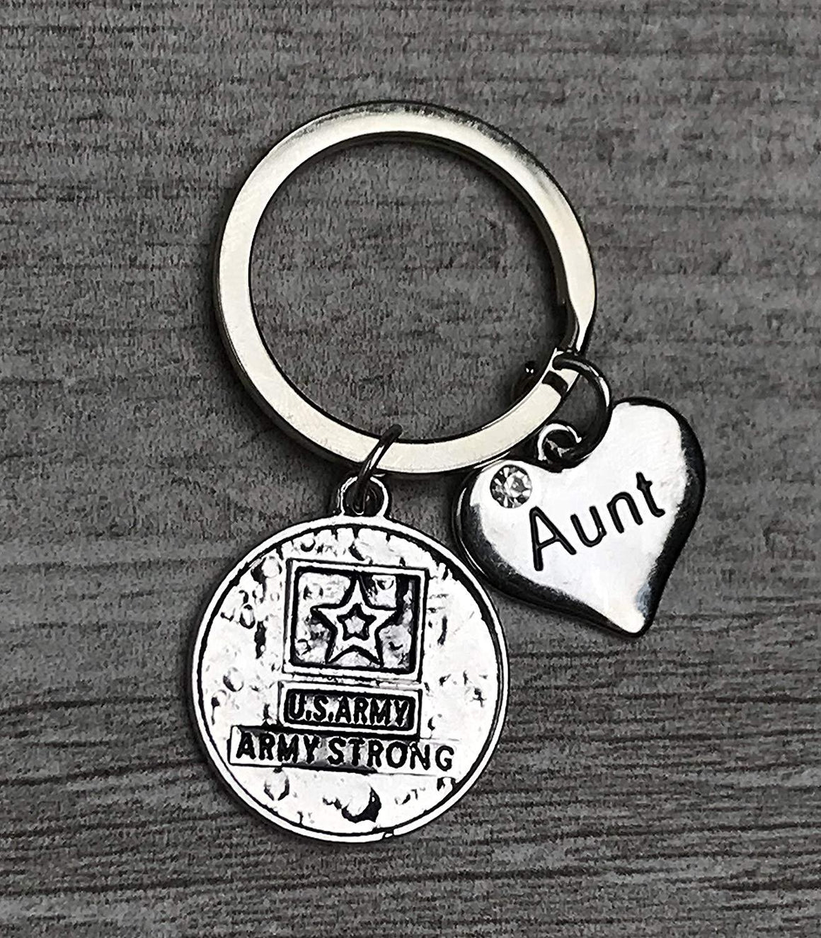 Army Aunt Keychain, Custom Military Army Strong Key Ring Gift for Aunts