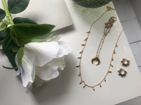 how to clean gold jewellery