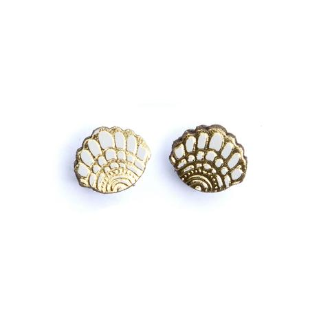 Bambino Shell Stud Earrings
