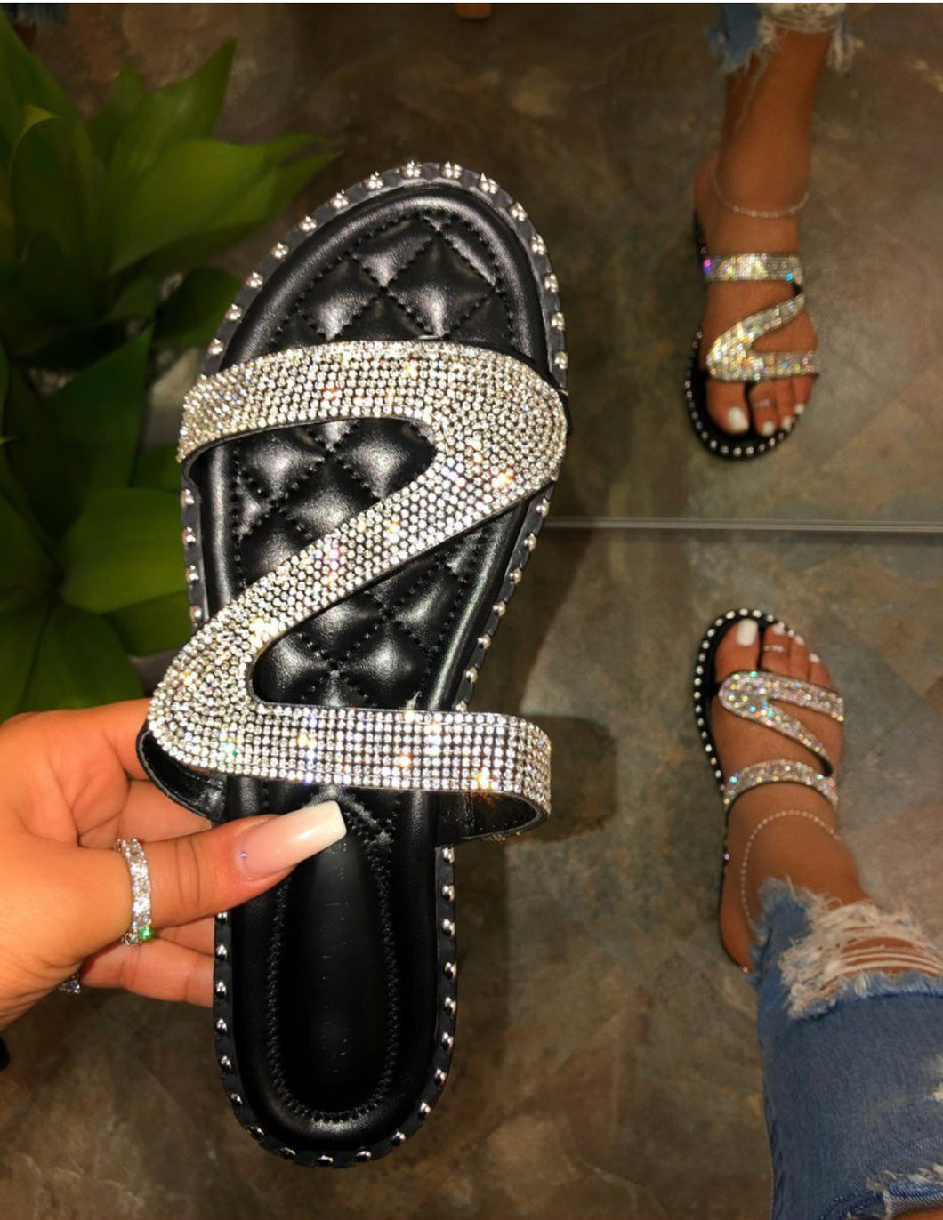 Sukihana Rhinestone Sandals (Black)