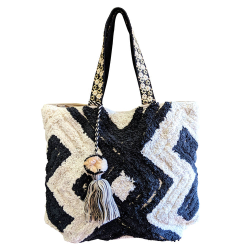 Black and white Textured Shoulder Bag