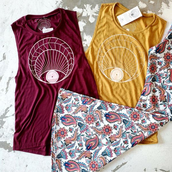 Open Eye Muscle Tank (Wine)