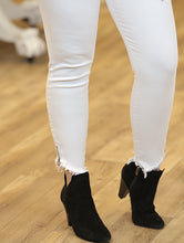 """Summah"" White Jeans - Moxie a sass + class boutique Wichita Boutique"