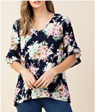 Navy Floral Aimee Tunic - Moxie a sass + class boutique