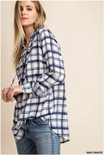"""Calvin"" Plaid Contrast Top"