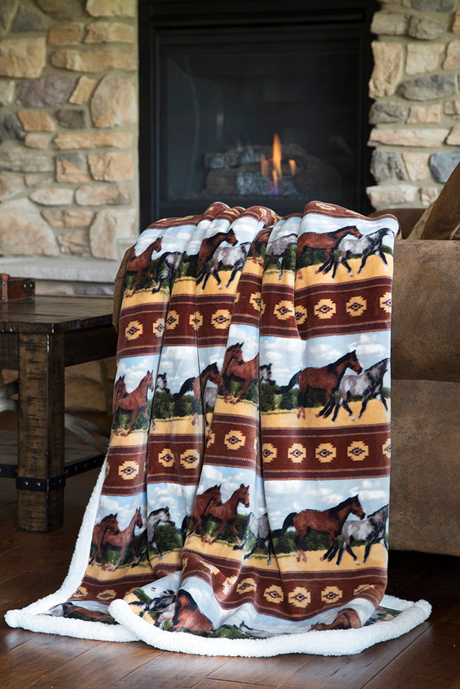 "BGJP524 Plush Throw ""Horses"""