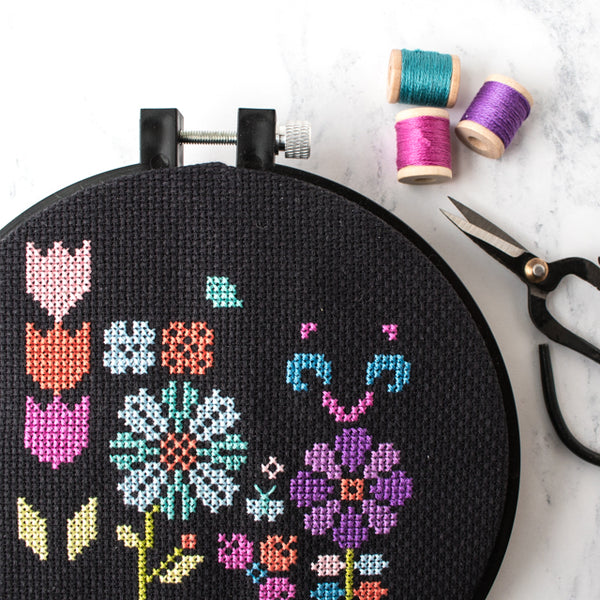 8 tips for cross stitching on black (or dark) fabric