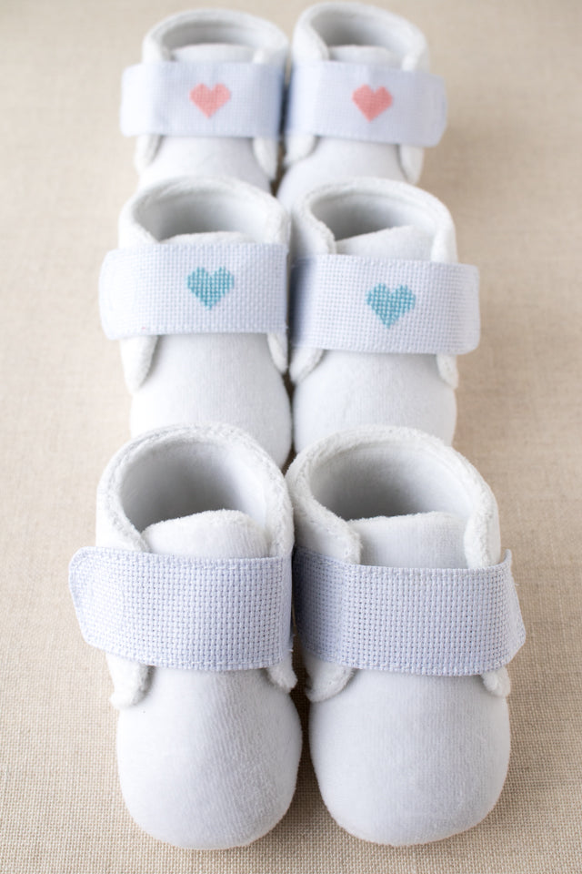 How to make a pair of cross stitch baby booties