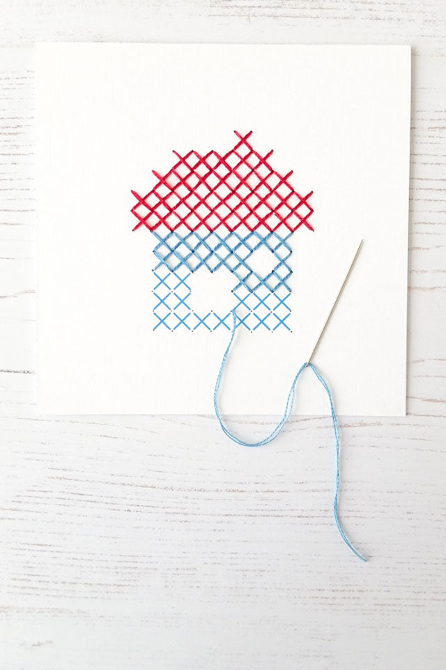 Cross stitching on paper - free pattern and tutorial