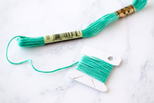 How to pull embroidery floss from a skein without knotting
