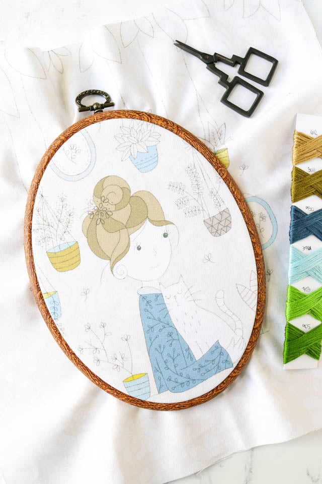 How to use faux wood flexi hoops for cross stitch and embroidery