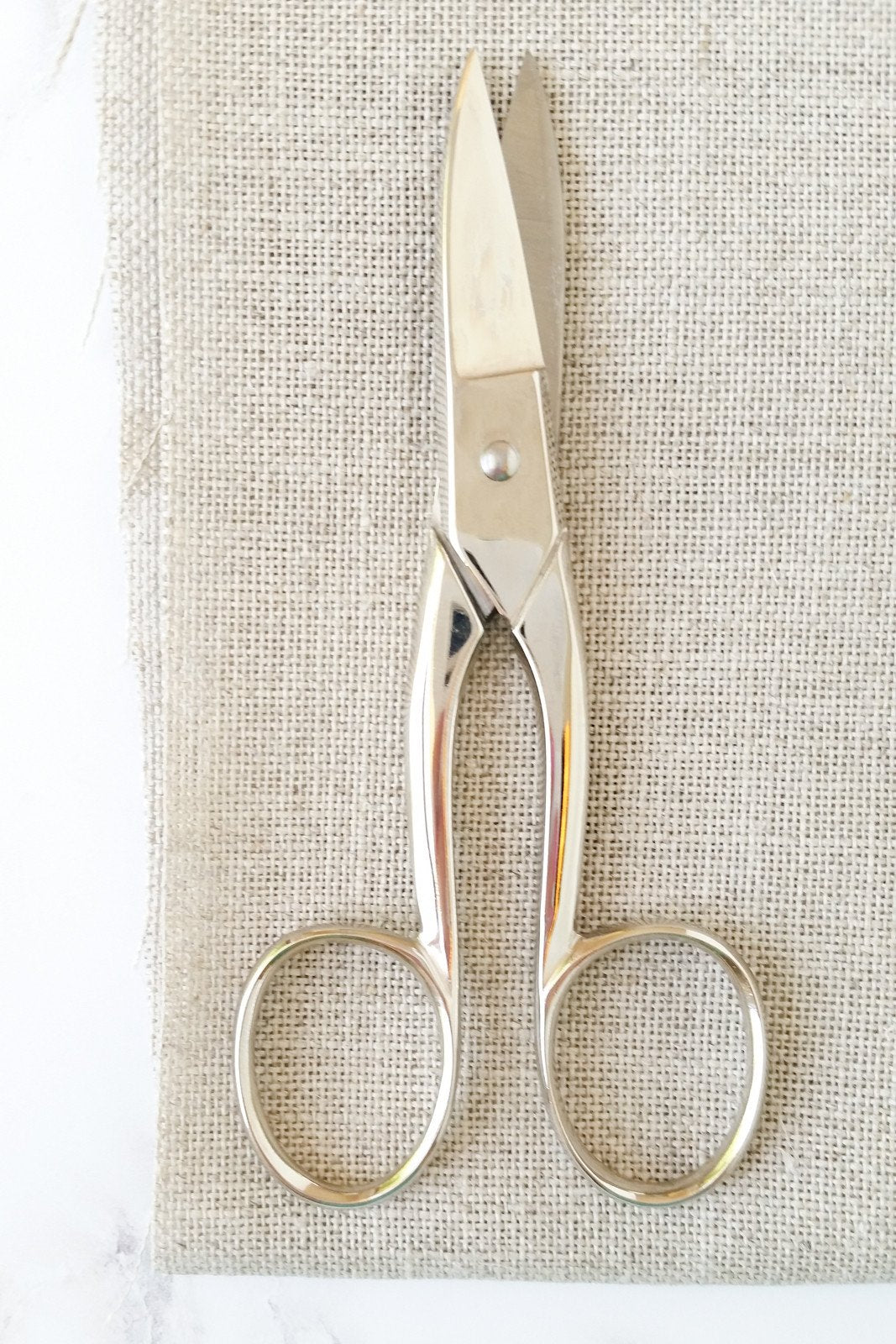 Dovo Long Handled Embroidery Scissors