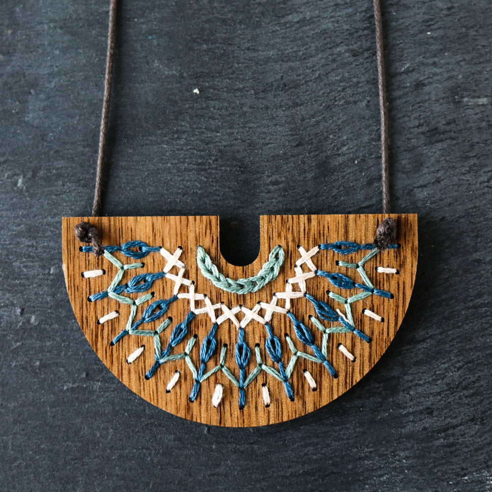 Hand Embroidery Wood Necklace Kit - Smocked Collection in Navy and