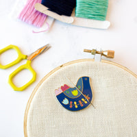 Folk Art Bird Needle Minder