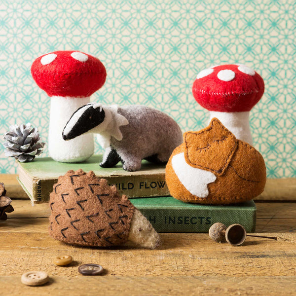Hand Stitched Felt Craft Kit - Woodland Scene