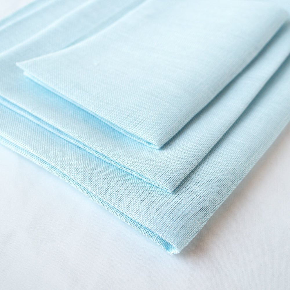 Ice Blue Cashel Linen Fabric - 28 count