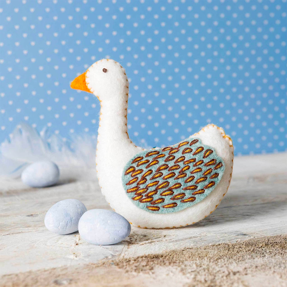12 Days of Christmas Felt Ornament Kit - Goose-a-Laying