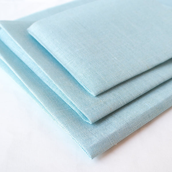 Touch of Blue Linen Fabric - 28 count