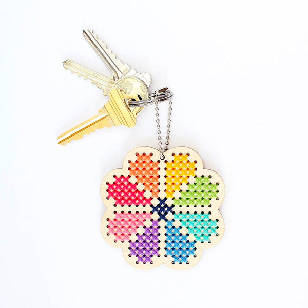Wood Keychain Cross Stitch Kit - Flower Power