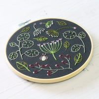 Black Seedhead Spray Hand Embroidery Kit