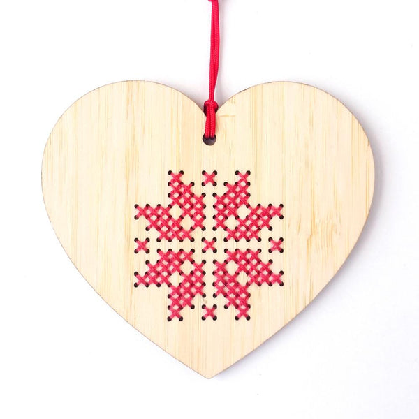 Scandinavian Heart Holiday Ornament Kit