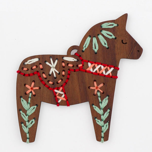 Hand Embroidered Wood Ornament Kit - Dala Horse