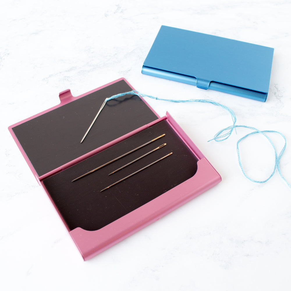 Magnetic Card Case Needle and Scissor Carrier