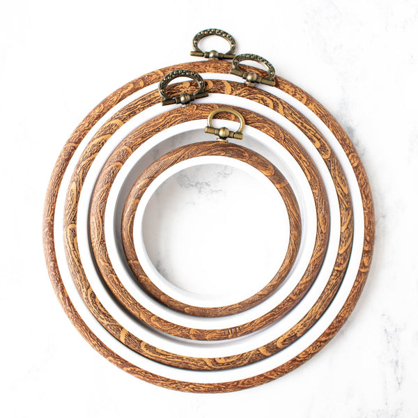 Faux Wood Flexible Embroidery Hoop - Round