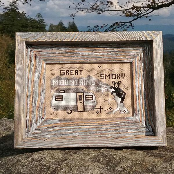 Greetings from Great Smokey Mountains National Park - Cross Stitch Pattern