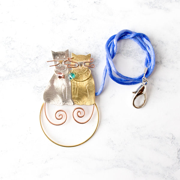 Handcrafted Scissor Sitter and Needle Minder - Kittens