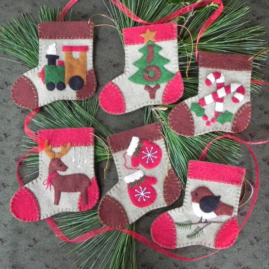 Wool Felt Ornament Appliqué Kit - Warm Feet