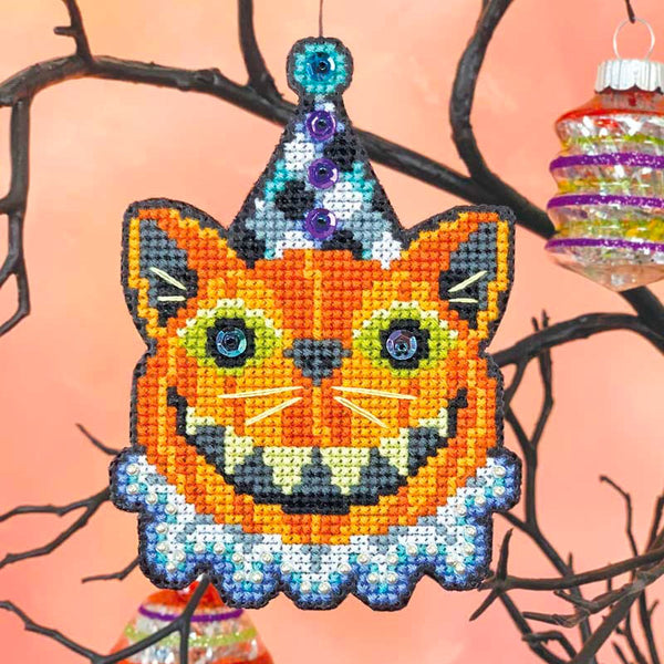 Cat-o-lantern Halloween Cross Stitch Ornament Kit
