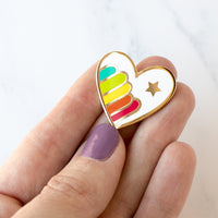Magnetic Needle Minder Hoop Flair - Rainbow Heart