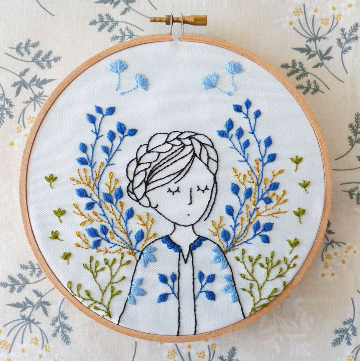 Dreamy Lady Hand Embroidery Kit