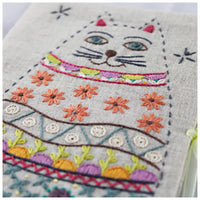 French Hand Embroidery Kit - Cat Needle Book